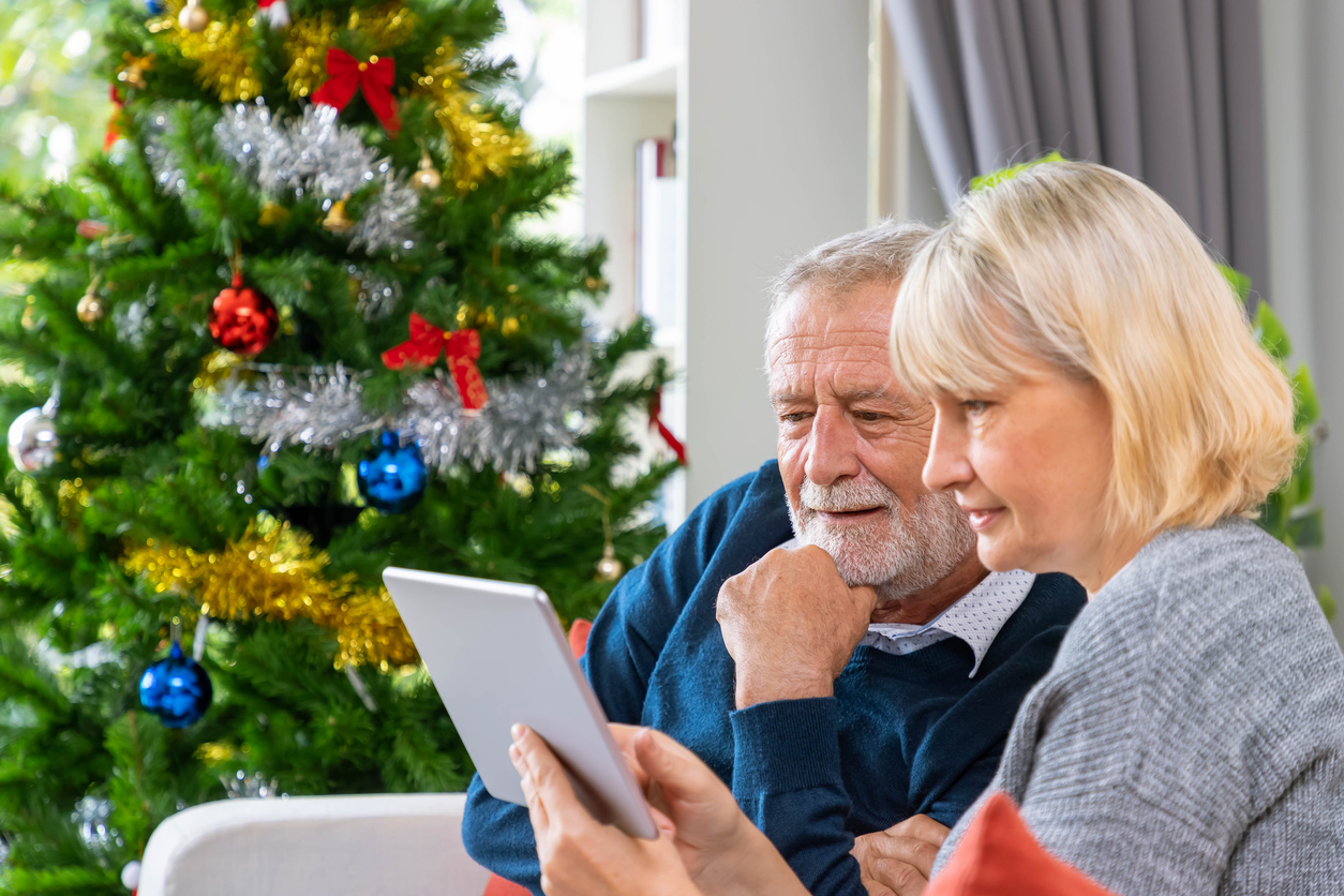 Weihnachtsgedichte für Oma und Opa